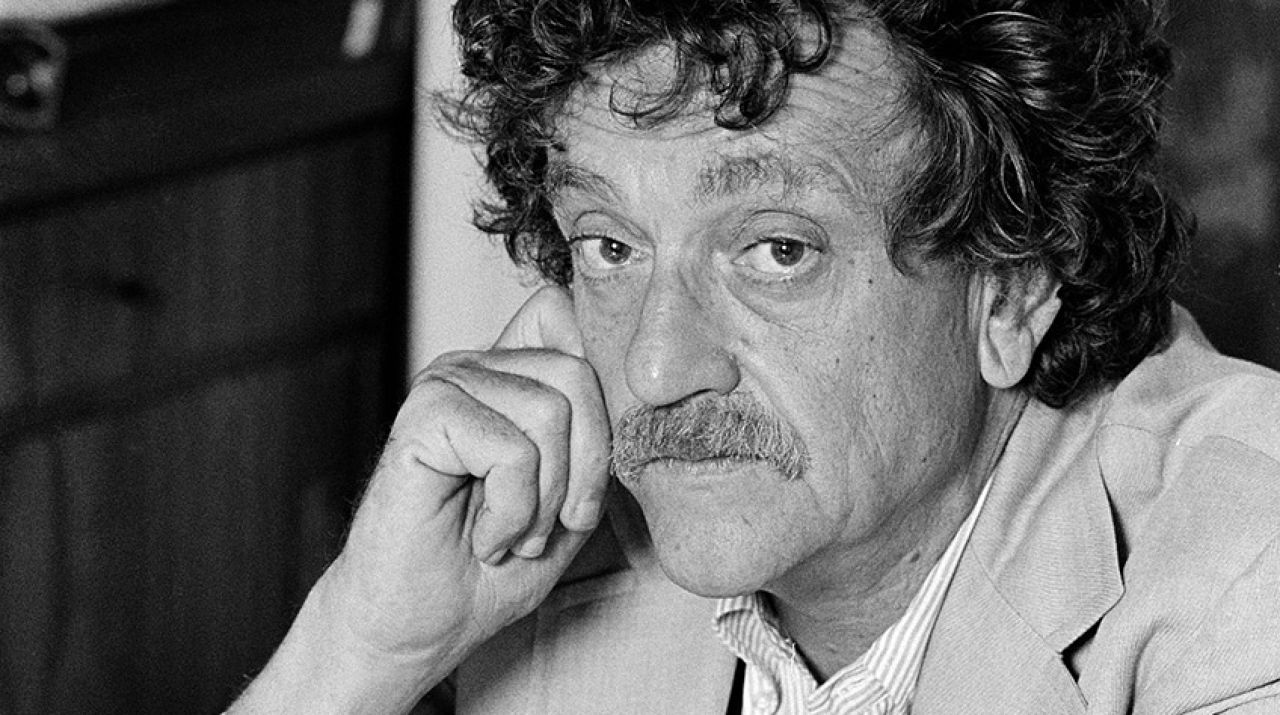 kurt vonnegut the social encyclopedia kurt vonnegut infographic of the day kurt vonnegut maps out the shape