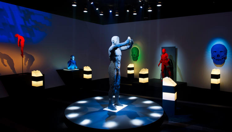 <p>Mask serves as the centerpiece of one <em>Art of the Brick</em> exhibit.</p>