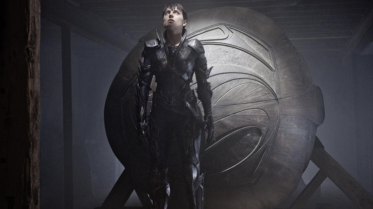 <p>McDowell took advantage of a triangular conflict between Superman nemesis General Zod and his militia--including Faora-Ul (Antje Traue), above--rising up against the complacency of the rulers and Superman's biological father, Jor-El, who challenged them both from a scientific standpoint. The resulting aesthetic was a tensegrity between the heavy building materials and angular armor of a stagnant, feudal society against the flowing, curved language glyphs, architecture, and spaceship design of its more enlightened scientific achievements.</p>