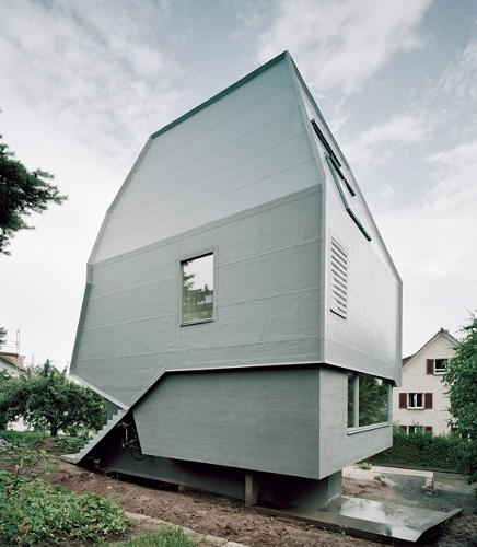 <p>The house is elevated above a massive heat exchanger.</p>