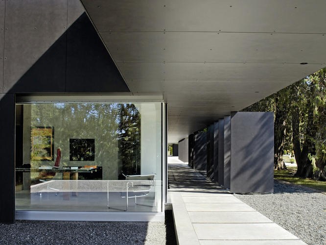 <p>Linear House, in Salt Spring Island, British Columbia, by Patkau Architects. Photo credit: James Dow.</p>