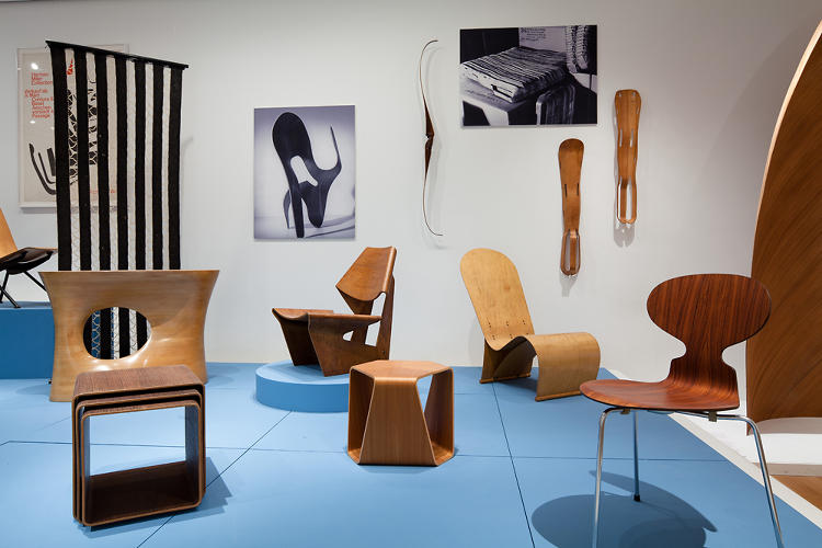 <p>Arne Jacobsen's Ant chair is on the far right.</p>