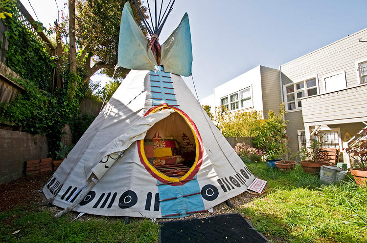 <p>Or, another teepee!</p>