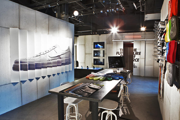 <p>As part of the AF1's 30th anniversary, Nike has also built a pop-up boutique in the newly minted Barclays Center.</p>