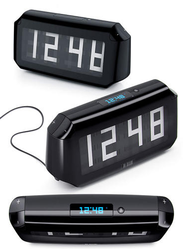 <p>In addition to the numbers on the facade, there's a digital display on top of the case, and an alarm function was added towards the end of the process.</p>