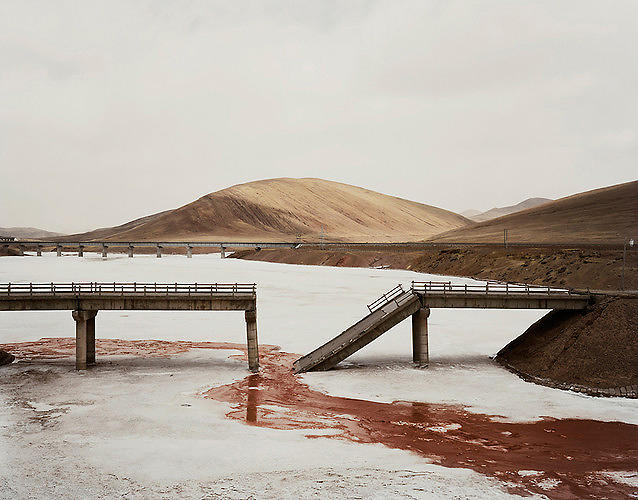 <p>The Yangtze river (and its Three Gorges dam, the largest dam in history and a major source of electricity for the rapidly growing country) form the subject of <a href=&quot;http://www.nadavkander.com/&quot; target=&quot;_blank&quot;>Nadav Kander</a>'s series, <em><a href=&quot;http://www.fastcodesign.com/1670884/a-stirring-photo-essay-on-chinas-longest-river#1&quot; target=&quot;_self&quot;>Yangtze: The Long River</a></em>, illustrating the devastation and resilient vibrancy surrounding China's famous waterway.</p>