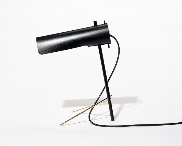 <p>Calen Knauf's Flight Lamp arrived flat-packed, and is easily assembled from its envelope of component parts.</p>