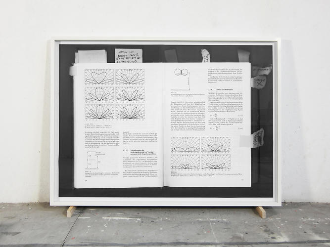 <p>In addition to the ureol plane, Jellitsch installed a massive framed explanation of WLAN signals and radio waves along with his handwritten notes.</p>