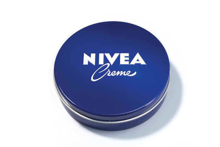 <p>The fuseproject design team pared down the logomark to its most basic parts, seen here on Nivea's iconic blue tin.</p>