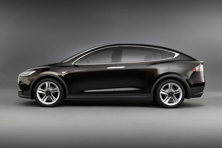 <p>Would you see this driving down the street and think &quot;Wow, Teslas sure are sharp!&quot;?</p>