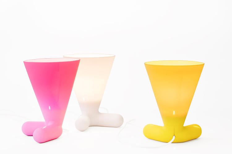 <p>Yorky, a friendly looking silicone lamp, is Reykjavik-born, NYC-based designer Hlynur Atlason's first collaboration with L.A.-based brand Artecnica.</p>