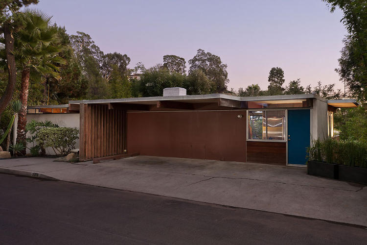 <p>The Hailey Residence is a California home built by Richard Neutra in 1959.</p>
