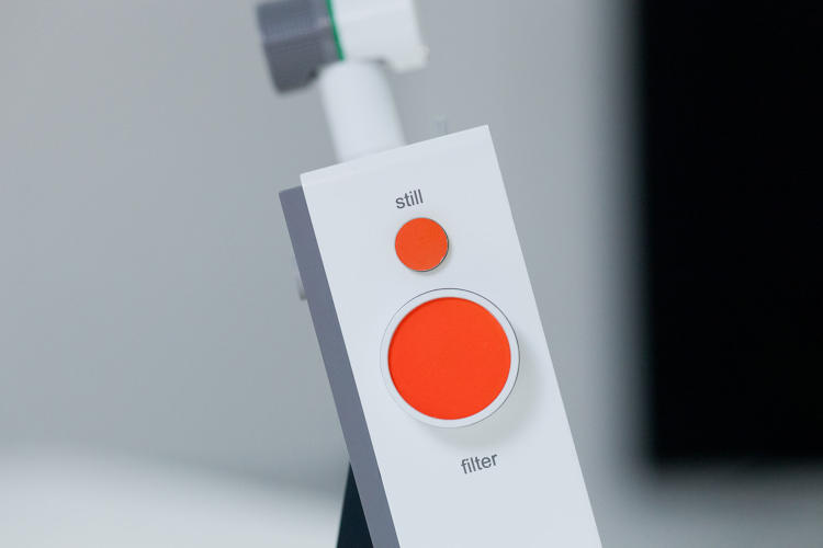<p>…and buttons that had a direct, tangible relationship with parts of the screen's UI.</p>