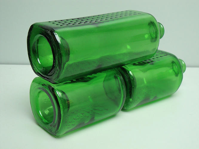 <p>These are Heineken's World Bottles--or WOBO for short.</p>