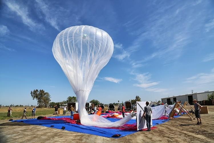 <p>Google[x] chief technical architect Rich Devaul has been thinking about using balloons for Internet access for years.</p>