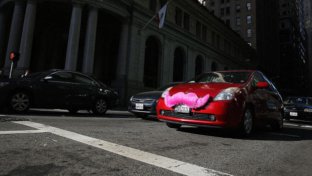 How Uber And Lyft Can Fill Transit Gaps In Cities