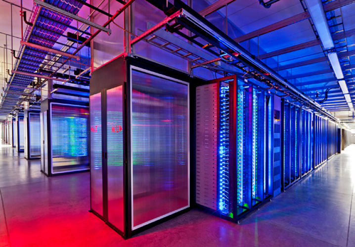The primary data center, which was designed by the Chicago-based architecture firm <a href=&quot;http://sp-arch.com/&quot;>Sheehan Partners</a>, is built around a 164,000-square-foot computer equipment room. On top of it sits a 100,000-square-foot mechanical equipment penthouse.