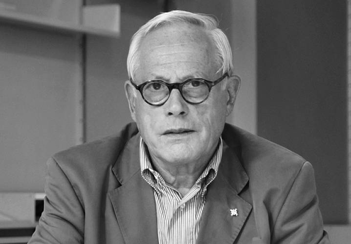 Learn from Dieter Rams, who shares how design can differentiate your business. </br></br> <a href=&quot;http://www.fastcodesign.com/1669725/dieter-rams-on-good-design-as-a-key-business-advantage&quot;>Read more here</a>