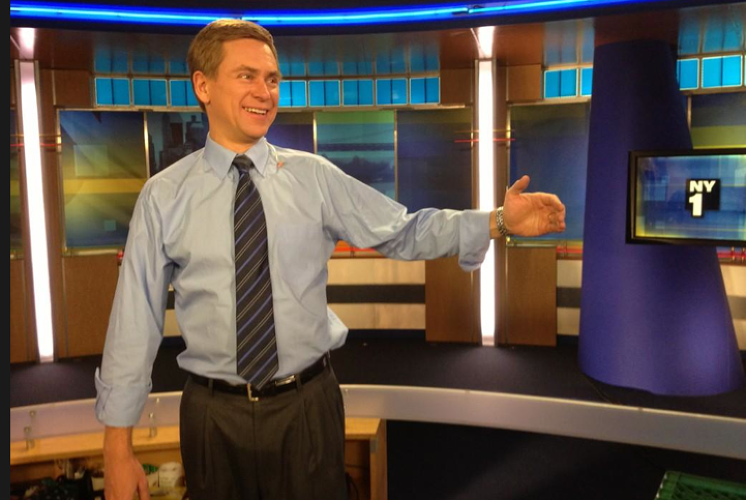 <p>NY1 anchor Pat Kiernan tweeted: &quot; I'm jumping in on the #teoing trend. Posing with my fake girlfriend.&quot;</p>