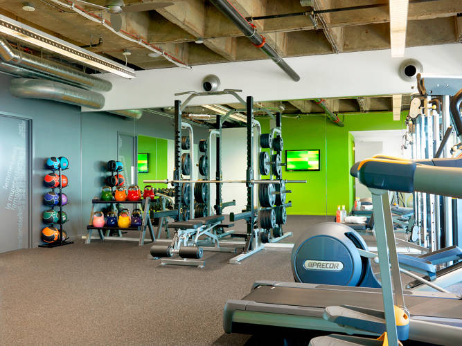 <p>ShipWorks' office has gym and locker room so that employees can get away from their desks and go for a run.</p>
