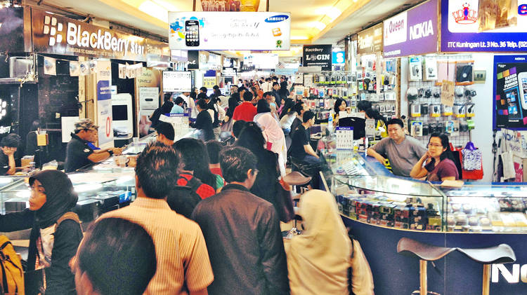 <p>The researchers visited a cell-phone bazaar in Jakarta, Indonesia. &quot;Most of the mall is branded/legitimate store facings--Nokia, Blackberry, Samsung, etc,&quot; says Rando. &quot;And then there's a whole other half that is a a sprawling bazaar where pretty much anything goes.&quot;</p>