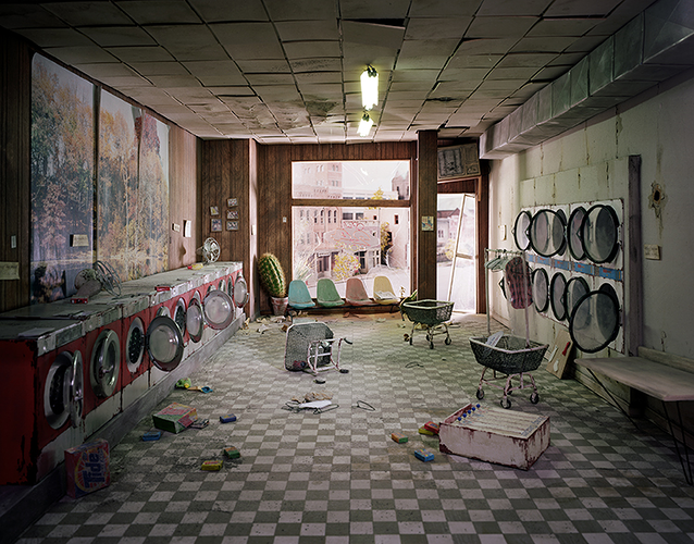 <p>Lori Nix's <a href=&quot;http://www.fastcodesign.com/1673298/17-haunting-dioramas-of-a-post-apocalyptic-world#1&quot; target=&quot;_self&quot;>indelible images</a> of a creepy and deserted world.</p>