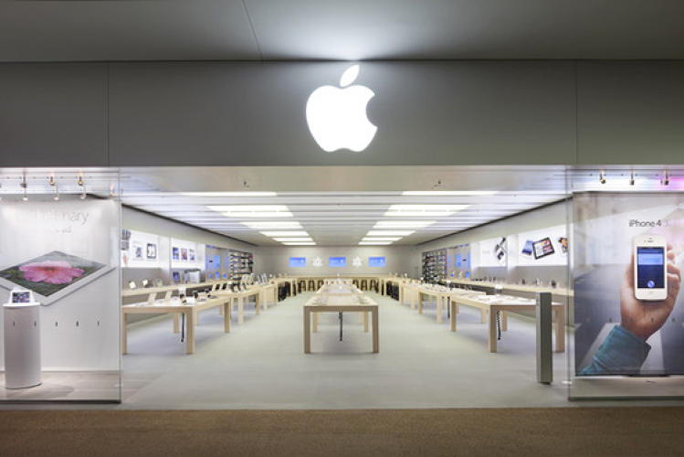 <p>The second location opened the same day in Glendale, California.</p>