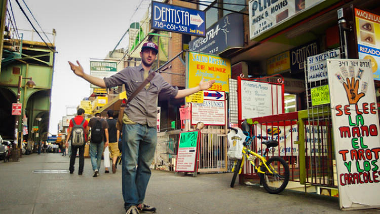 <p>Get a taste of the world during this foodie adventure in Queens. You'll make your way from Little Manilla to Little India, then the Himalayan Heights to Bogota through Bangkok. Your Vayable Insider will veer you away from tourist traps and to authentic fare in each neighborhood.</p>