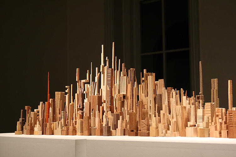 <p>Although abstracted and by no means a completely faithful miniature of the city, the sculpture still incorporates much of the architecture of America's famous grid city, as well as important landmarks like Central Park.</p>