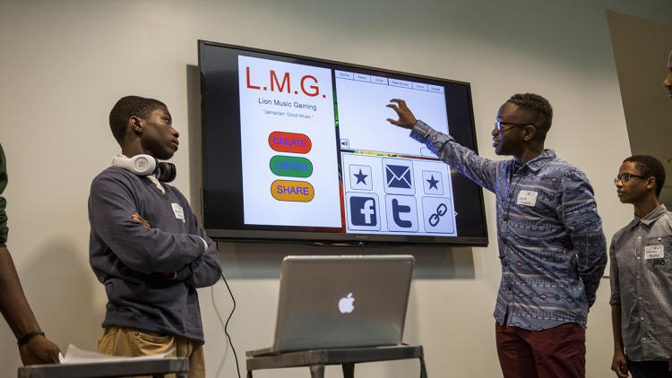 <p>The winning student group, Lion Music Gaming, presented a concept for a reggae music app that lets users mix and match prerecorded melodies and riffs to create and share their own songs.</p>