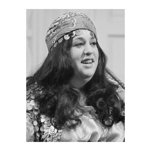 <p>&quot;Mama&quot; Cass Elliott (1941-1974): Founding member of The Mamas and the Papas, known for her big voice and body. Died of a heart attack in her sleep at age thirty-two, but you've probably heard that she choked on a ham sandwich from some asshole who thinks fat jokes about gifted people who died tragically young are hilarious.</p>