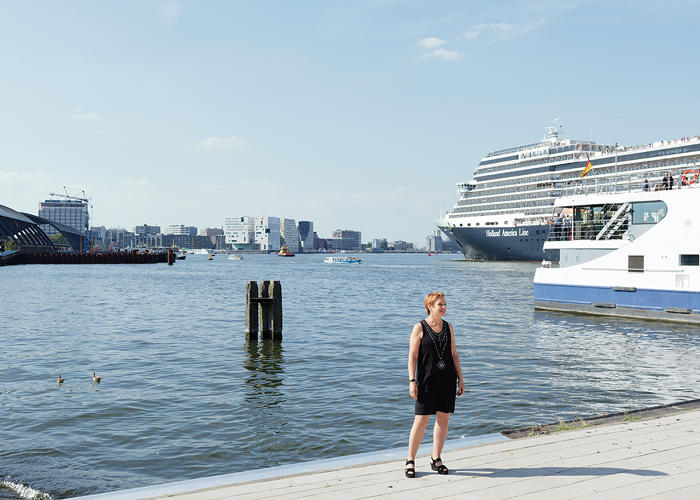 <p>Dutch outlooks have evolved, says author Tracy Metz, from working against water to working with it.</p>