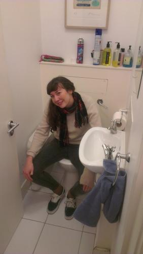 <p>From reader ‏@LivSiddall10m: #checkoutmytoilet photo by @lgndryhappiness</p>