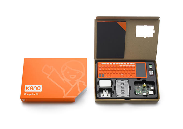<p>And the top of the lid inside the box is printed with a diagram of the cable connections to ensure fast, easy set-up.</p>