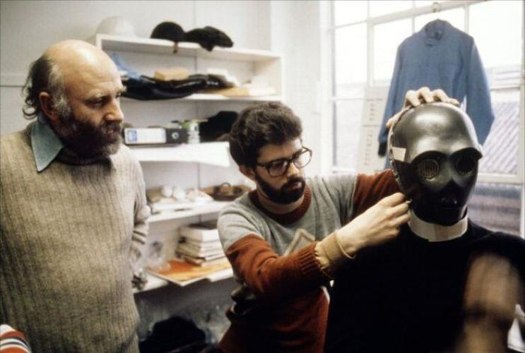 <p>George Lucas and Irvin Kershner prepare an ebony C-3P0.</p>