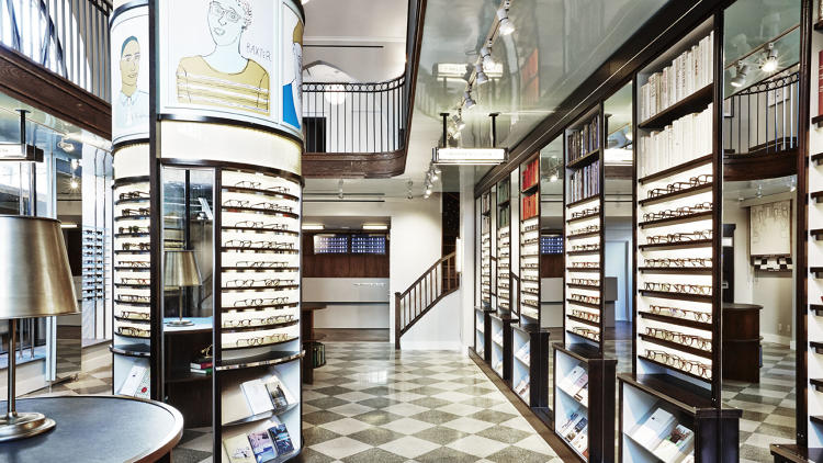 <p>Warby Parker's new store on New York's Upper East Side, like its predecessors, has the feel of an upscale library.</p>