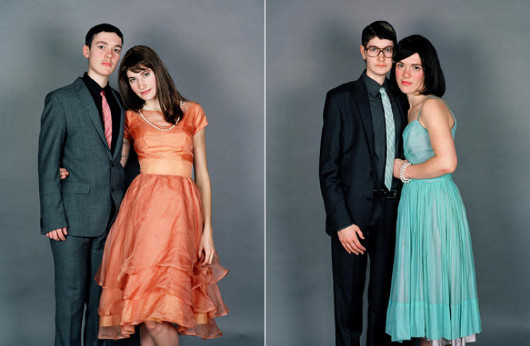 <p>At first glance, these photos by JJ Levine look like your average mortifyingly awkward prom-couple portraits.</p>