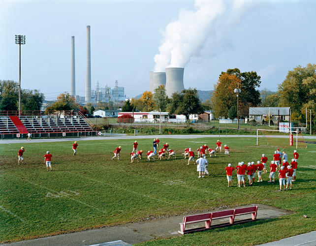 <p>In 2003, photographer Mitch Epstein traveled to Ohio to watch a small town be erased.</p>