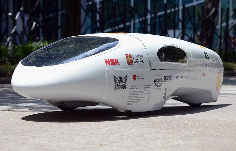 <p>All-time winners from Université Laval (Canada) take the first-place prize in the Prototype Gasoline category at Shell Eco-marathon Americas 2014, achieving 2,824 miles per gallon.</p>