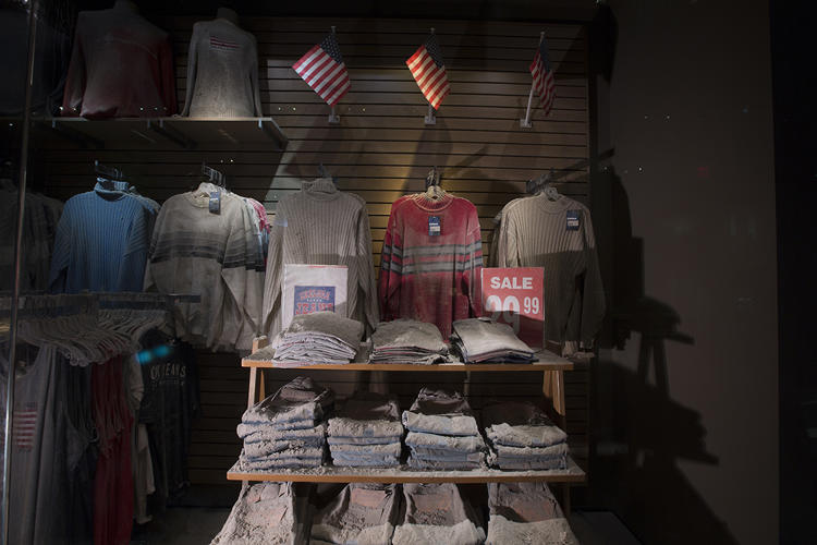 <p>CHELSEA JEANS MEMORIAL<br /> Chelsea Jeans, just a block away from the WTC, has been preserved in its own dust.</p>