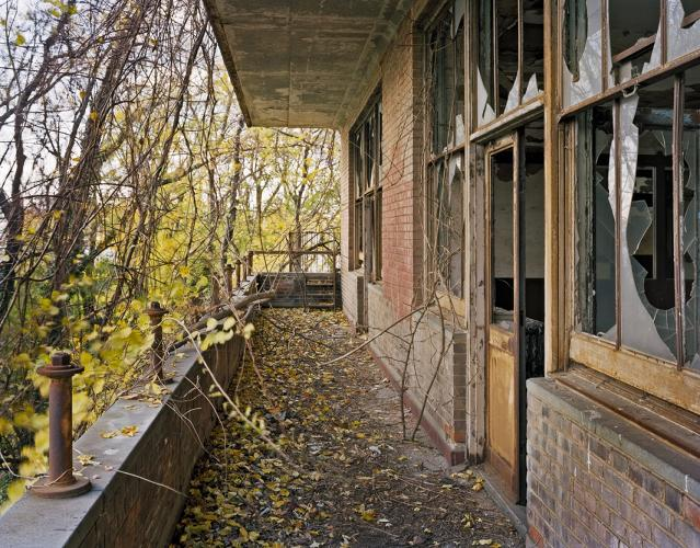 <p>Tuberculosis Pavilion balcony, North Brother Island, New York</p>