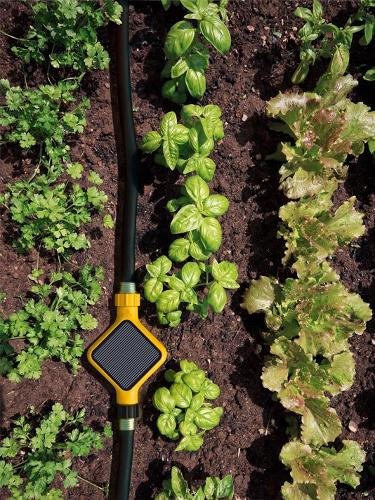<p>It measures humidity, light, temperature and soil conditions, and is the consumer equivalent of &quot;precision&quot; equipment now going into many farms.</p>