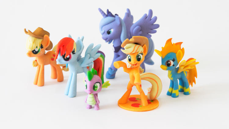 <p>Howdy, partners! And welcome to the wonderful world of Hasbro-licensed 3-D printing!</p>