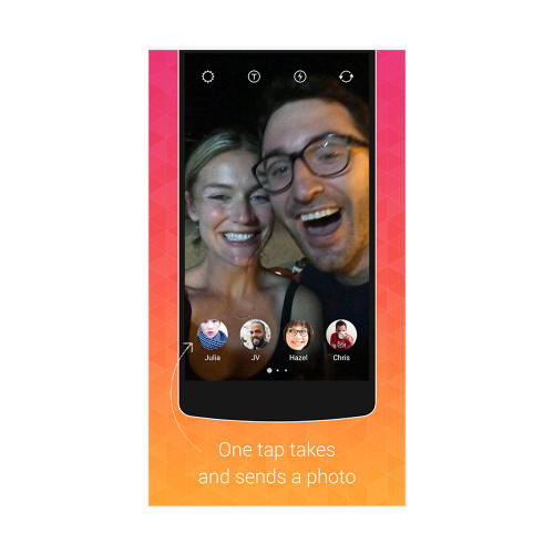 <p>Bolt lets you send photo and video messages to several friends at a time.</p>