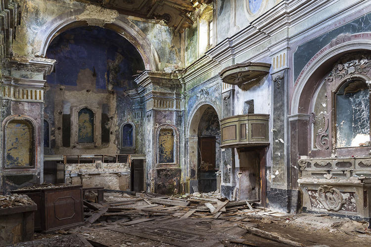 <p>Spanish designer Jorge Manes Rubio has long been fascinated by abandoned places.</p>