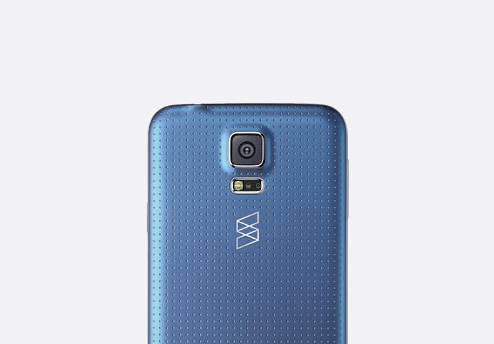 <p>The icon takes the form of a stylized &quot;S&quot; folded like a ribbon, which gives Samsung an powerful and recognizable symbol for the back of its devices.</p>