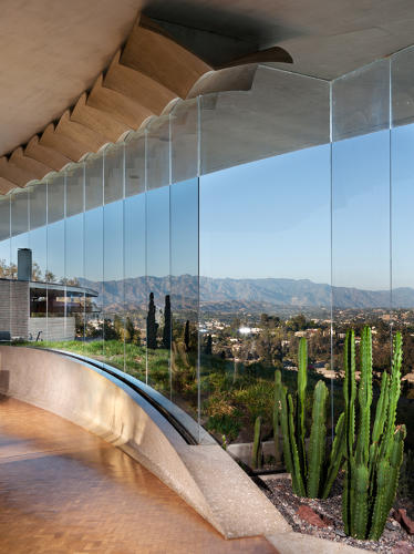 <p>The house was an early residential project by influential Southern California architect John Lautner.</p>