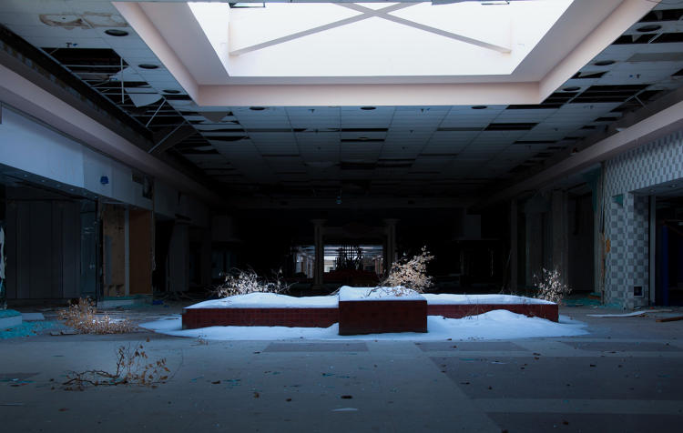 <p>&quot;I was drawn to abandoned buildings, malls and structures because the goal of my photo projects is to show a more vulnerable and honest depiction of America,&quot; he says.</p>