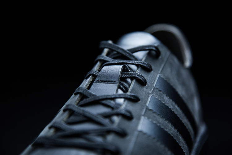 <p>The company has said they want customers to produce custom sneakers on-site.</p>