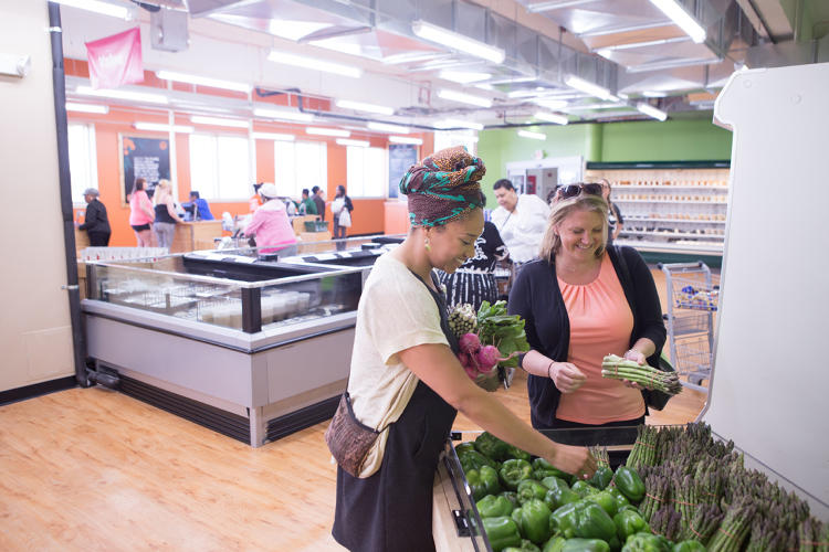<p>The biggest challenge to healthy eating in poor neighborhoods isn't always access to healthy food, it's whether people can afford to buy it.</p>